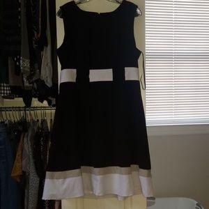 Calvin Klein Dresses - Calvin Klein sleeveless black, white, tan dress